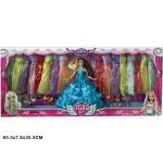 094 Кукла с платьями в коробке